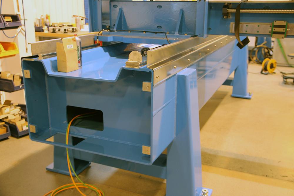 Wasserstrahlschneidanlage Robuste Stahlramen